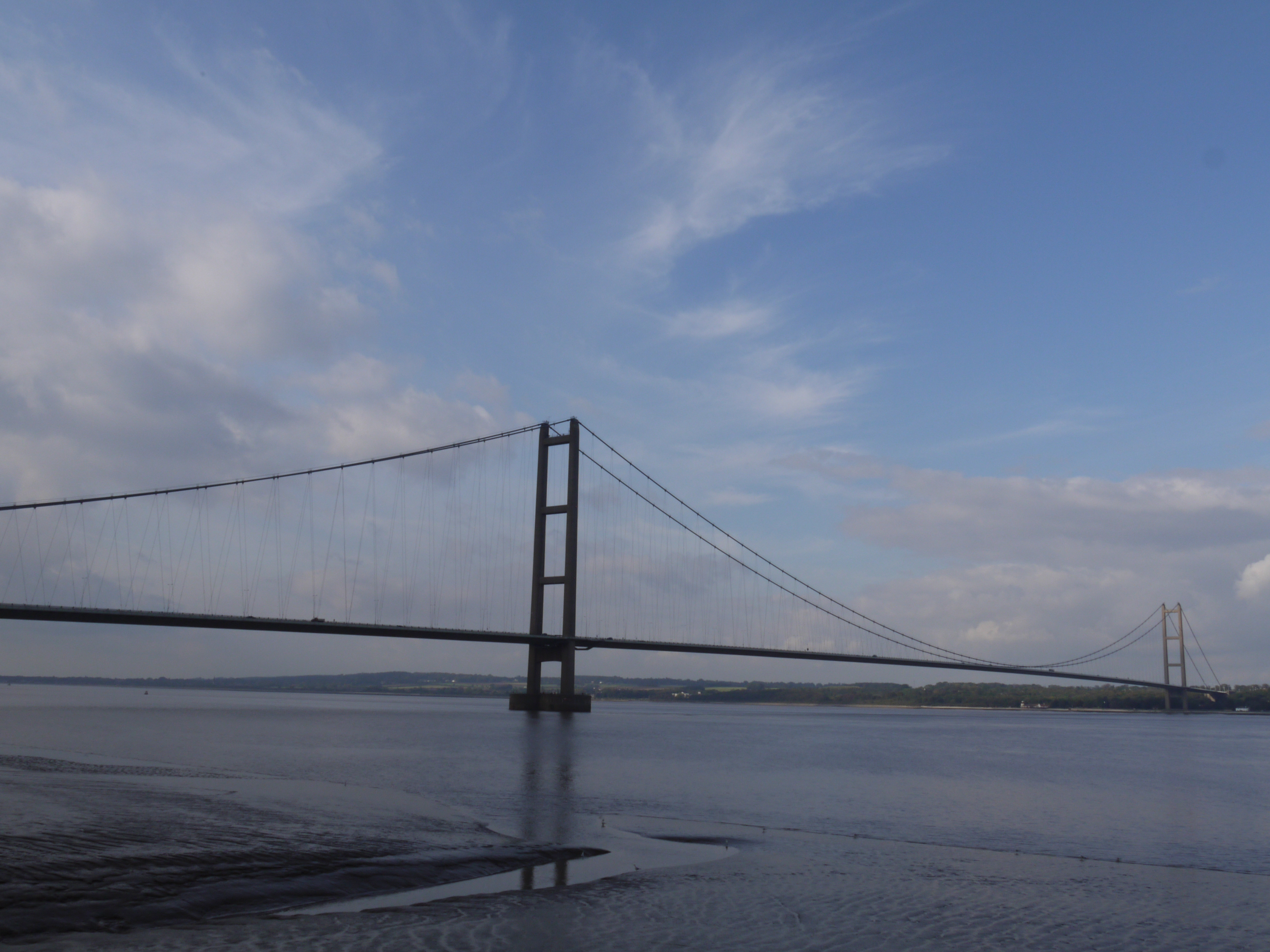 Humber Bridge by Ivan Huang • 1x Photo Gallery